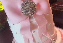 Wedding Cake by Peninsula Cake Art
