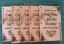 Emily & Jack Wood Invitation Cards by EverlastingID