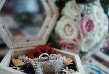 Jewellery and wedding ring box by Woodsmith Box Kayu