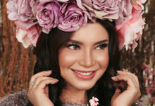 BACKDROP DECORATION & FLOWER HEADPIECE for ROSSA by FIORE & Co. Decoration