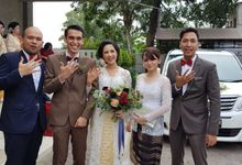 Dinda n Made Forever Love by sapphire wedding car