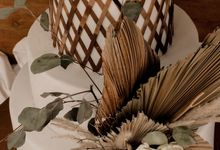 rattan weave and dried palm trees - modern heritage by KAIA Cakes & Co.