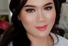 Bridal makeup for Ms Aline by Natcha Makeup Studio