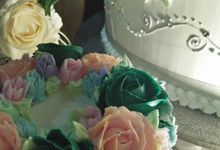 Wedding Cake Full Buttercream Flower by Uci Bakery