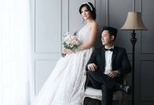 Artomi & Nathania Indoor Prewedding by Levin Pictures