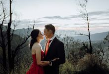Andrew & Jilly Bromo Prewedding by Levin Pictures