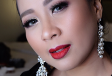 Touch of beauty yessymakeuphair by YessyMakeupHair