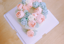 Flower wreath cake by Yoyosummer