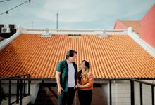 Casual Couple Shoot in historical Malacca Town by Alexis Fam Photography