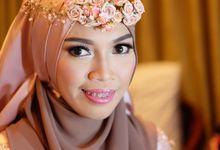 Dewi Wedding by Ginna Susant Makeup