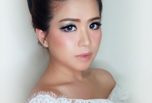 Jheni Wedding Makeup Before & After by Yurica Darmawan