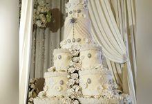 Royal Wedding Cake by Sweet Goddess Cakes