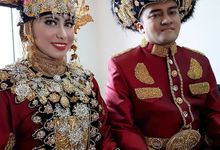 Gorontalo The Wedding #ngunduh_mantu by Aditya Shahrajaawang MUA