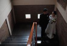 satya dan irma mendatangi triangle wedding organizer 1 bulan sebelum hari H. mereka menceritakan konsep pernikahan yang cozy dan juga private wedding  by Triangle Wedding