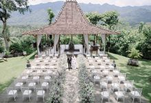 Simply Beautiful Outdoor Wedding at Plataran Borobudur by De Manten Wedding Organizer