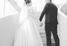 Intimate wedding at Regantris Hotel Surabaya by Regantris Hotel Surabaya