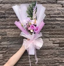 Artificial Hand Bouquet by raia_fleurs