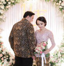 Uty Pransih & Fahdie by VAIA