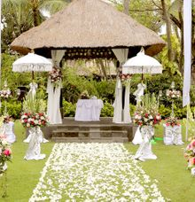 TROPICAL GARDEN WEDDING VENUE by Legian Beach Hotel