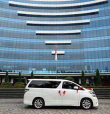 Mobil Pengantin Wedding Car Alphard - FENDI WEDDING CAR by Fendi Wedding Car