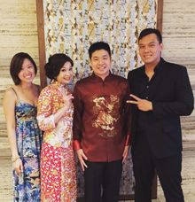 John Lye & Gen (Multi Duo, 2-piece band) at The Gallery, Grand Hyatt by Merry Bees Live Music