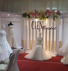 galery wedding bridal by Cien MUA & Bridal