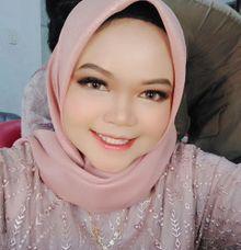 Graduation Makeup by KIN NUMBER BEAUTY LOUNGE & STUDIO