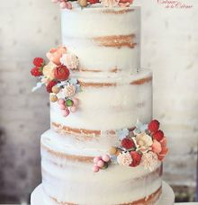 The Wedding cake of Agustine & Adi by Creme de la Creme Bali