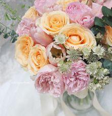 L E O & V E L I by La Bloom Florist