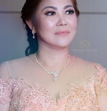 Makeup Mom Of Bride Dengan Jahit Mata ❤ by StevOrlando.makeup