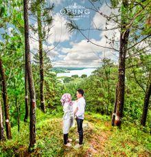 Fajar & Ghosa Prewedding by OPUNG PHOTOGRAPHIC