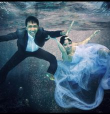Underwater Post Wedding photo Session by BERANDA PHOTOGRAPHY