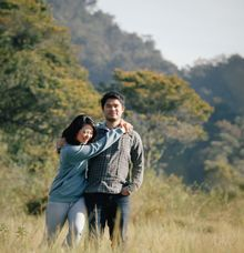 devi & Krisna prewedding by thousand dreams picture