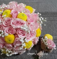 Pink love with a little touch of yellow pom pom by visylviaflorist
