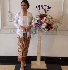 Kebaya Kutu Baru by Beautyline Usher & Pagar Ayu