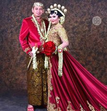 Lora Shinta Wedding by Wedding shoes by Biondi