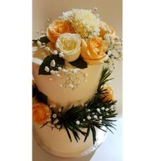 Wedding Cake by Mommywhalebakers