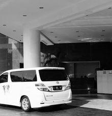 Luminous Mobil Pengantin Wedding Car Harry Retno 31 Oktober 2020 by Fendi Wedding Car