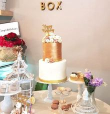 Gold White and Dusty Pink by sugarbox patisserie