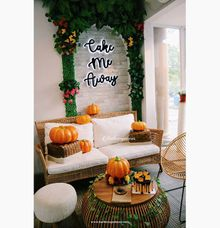 Halloween in town! by Buttercup Decoration