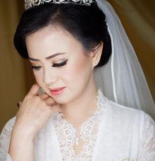 Natural yet elegance makeup by Kim Bridal