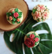 Soap design - Cupcake soap flowers by The Rustic Soap