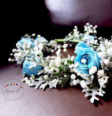Flower Crown by Roseveelt Florist