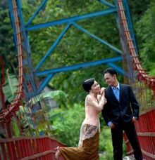 Pre-Wedding by Kalila Photography