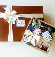 Vanila Rose Wedding Gift by Love Lulu Box