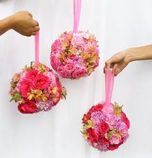 Flower Balls by Royal Design Indonesia