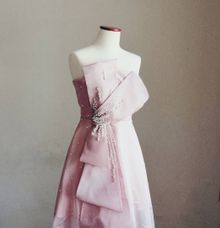 Pearly Pink Bow Gown by Agatha Cinthia