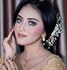 Wedding Makeup by OTITA MUA by OTITA MUA