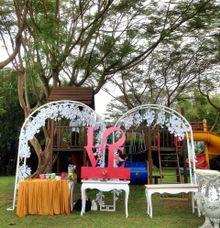 GARDEN PARTY  CONCEPT by Vedhita Wedding Organizer