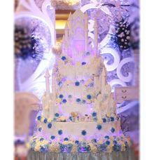 FAIRYTALE WEDDING CAKE FOR CHRISTINE & SANSAN by RR CAKES